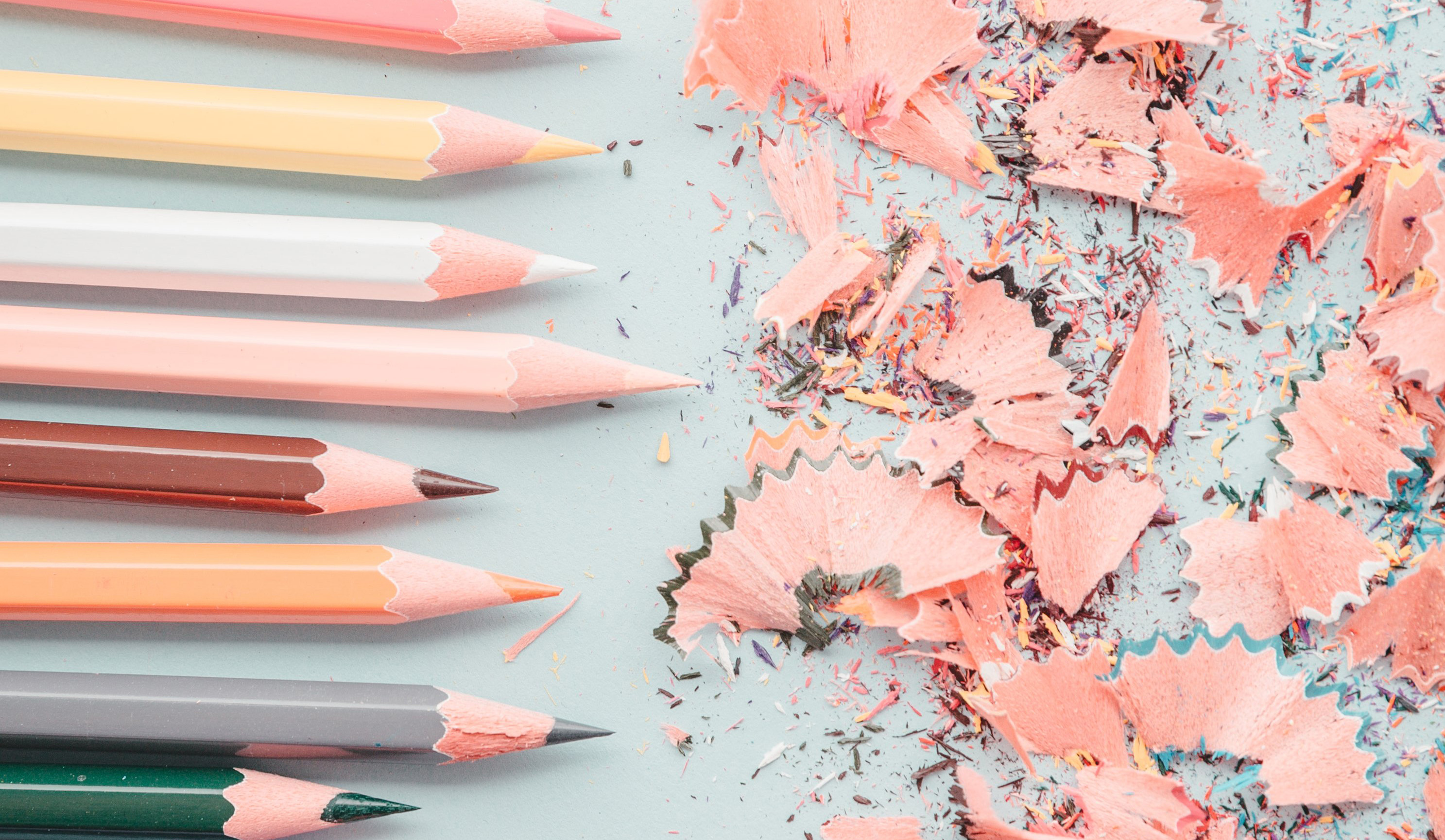 cropped_line-of-pencils-and-shavings